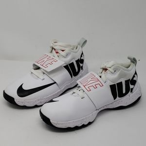 Nike Just Do It Team Hustle D 8 Basketball Shoes